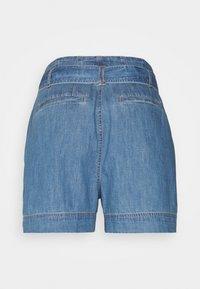 Lauren Ralph Lauren Petite - ZAVIERA - Denim shorts - indigo revival wash - 1
