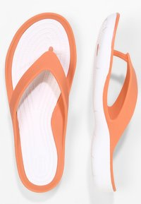 Crocs - SWIFTWATER - Pool shoes - grapefruit/white - 2