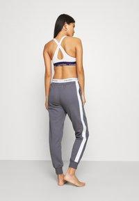 Calvin Klein Underwear - MODERN LOUNGE - Pyjamahousut/-shortsit - pewter - 2