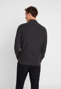 Lyle & Scott - MOSS STITCH 1/4 ZIP  - Maglione - charcoal marl - 2