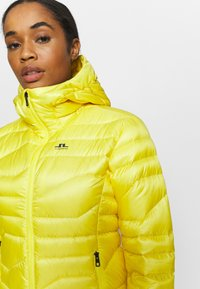 J.LINDEBERG - EMMA  - Down jacket - banging yellow - 3