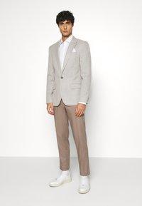 Tommy Hilfiger Tailored - Formální košile - white - 1