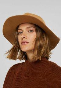 Esprit - Hat - camel - 0