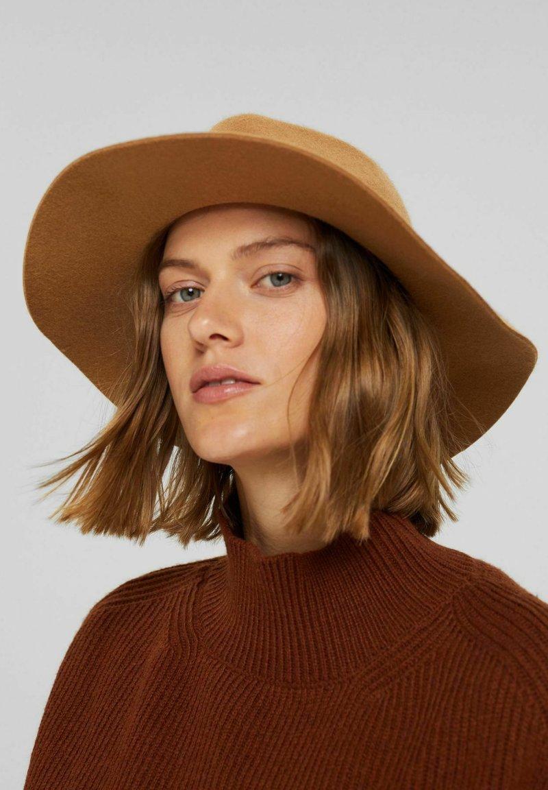 Esprit - Hat - camel