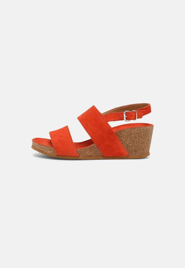 Sandales compensées - red
