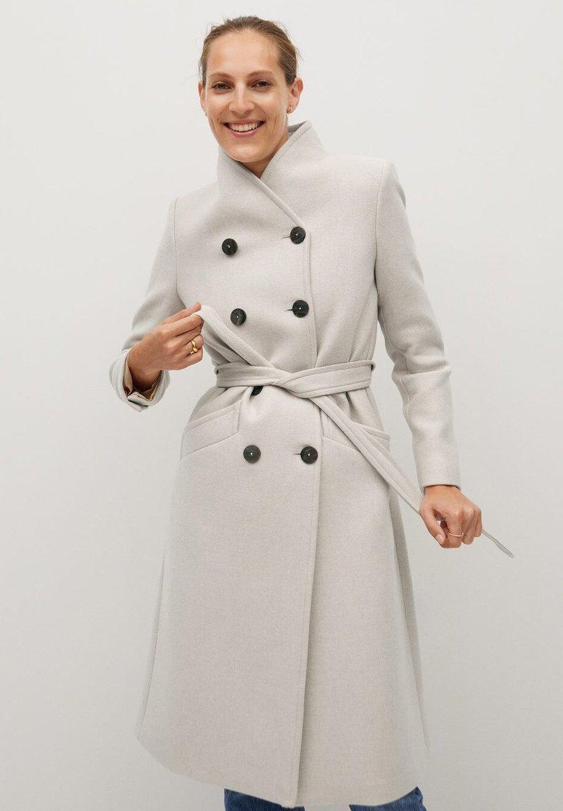 Mango - LUNA - Classic coat - open beige