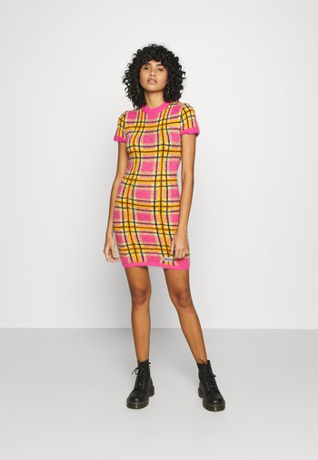 CHECK EYELASH MINI DRESS - Shift dress - pink