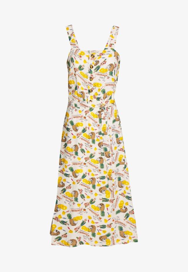 CHRISSIE BUTTON DRESS PUNCH - Shirt dress - cream