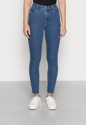 ONLF HIGHMAX SKINNY - Jeans Skinny Fit - medium blue denim