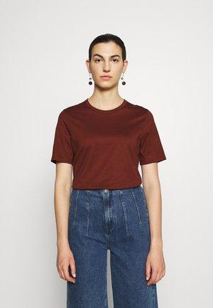 Basic T-shirt - chestnut