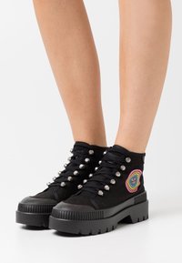 Kurt Geiger London - RAINBOW LUCAS - Ankle boots - black - 0