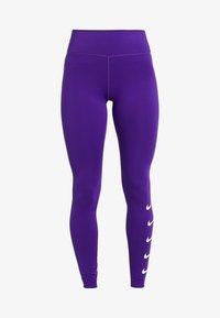 court purple/white