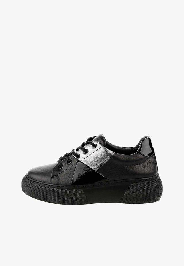 Sneakers - czarny