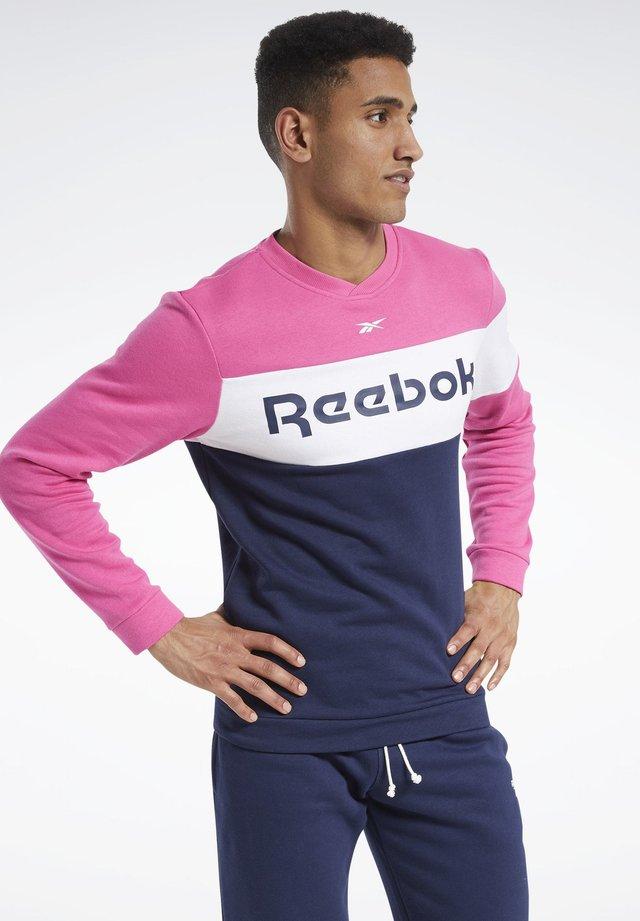 TRAINING ESSENTIALS FLEECE CREW SWEATSHIRT - Sweatshirt - pink