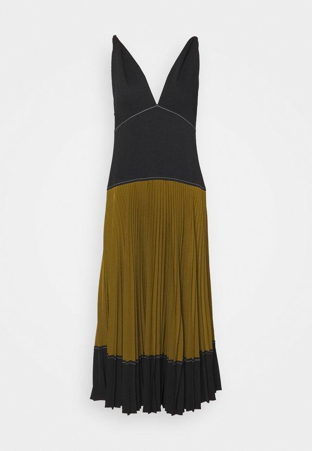 COLORBLOCKED PLEATED DRESS - Vestito estivo - black/military