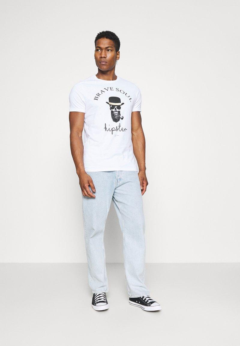 Brave Soul MIDASX - T-Shirt print - white/black/weiß YCF6Uq