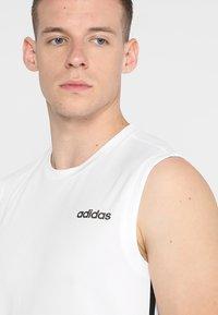adidas Performance - 3STRIPES AEROREADY SLEEVELESS T-SHIRT - Funktionströja - white - 3