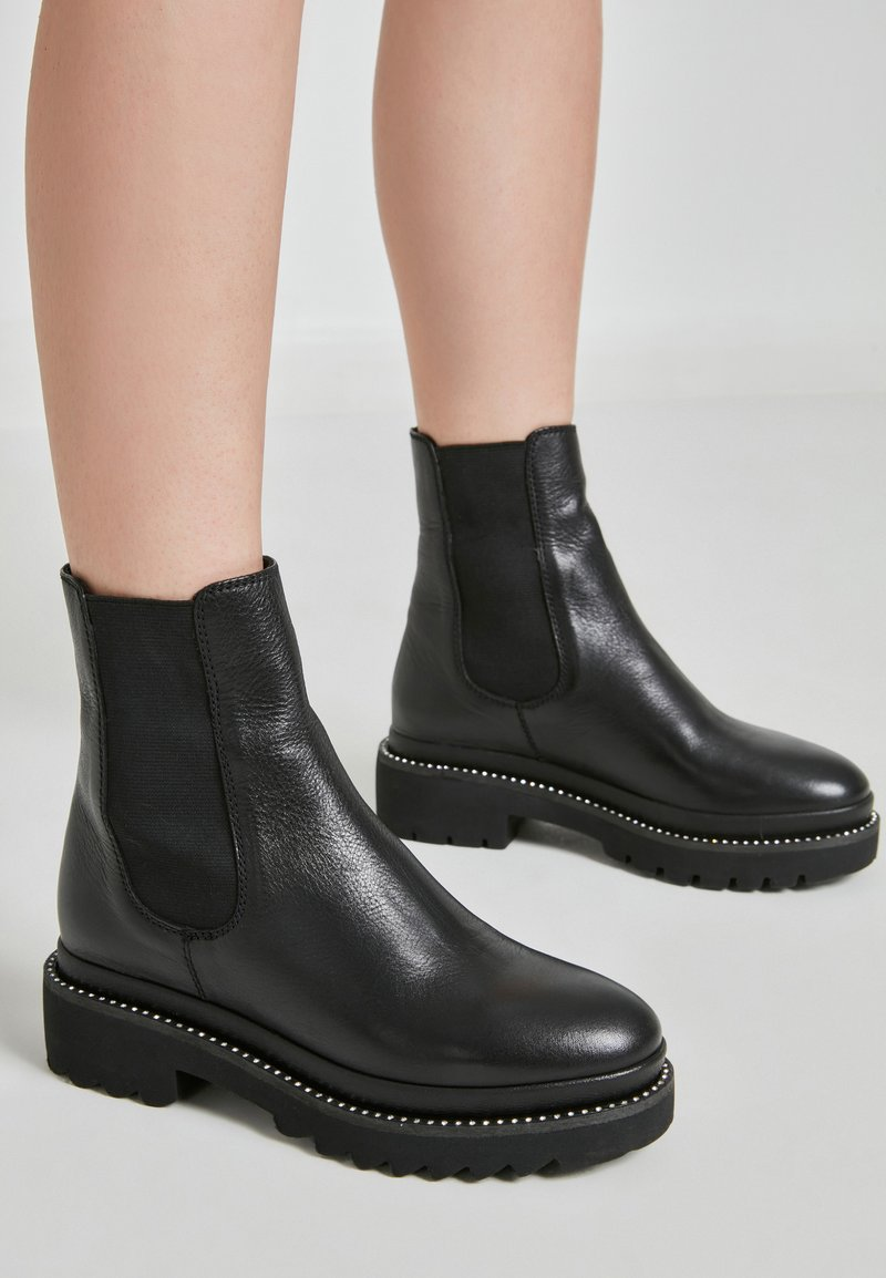 Inuovo - Classic ankle boots - black blk