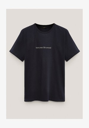 KURZÄRMELIGES MIT SLOGAN - Print T-shirt - blue-black denim