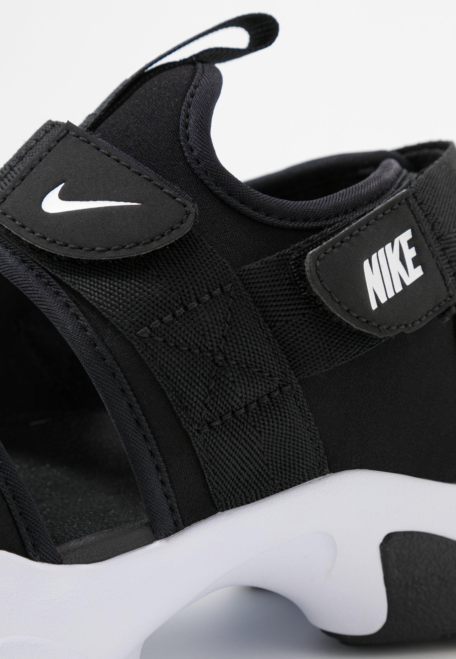 Nike , Sandales de Marche pour Femme Gri