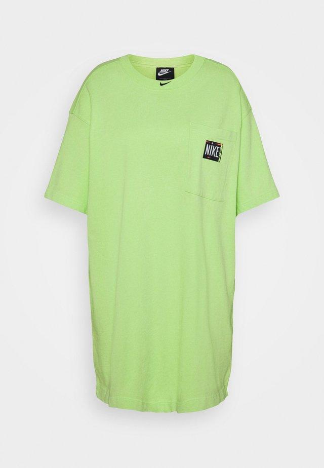 WASH - Korte jurk - ghost green