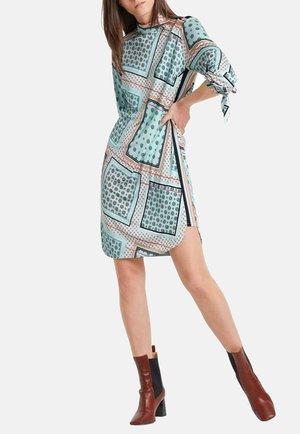 Day dress - celeste