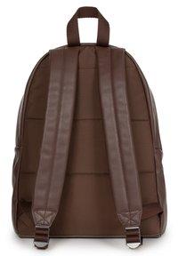 Eastpak - PAKR - Rucksack - brown authentic leather - 1