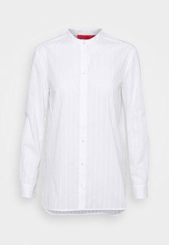 INDOVINO - Blouse - white