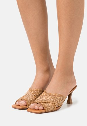 ANA - Heeled mules - tan