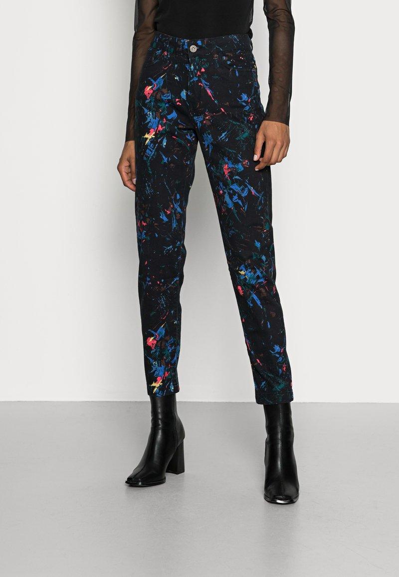 Desigual - PANT SPLATTER - Slim fit jeans - black