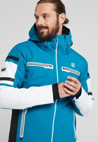 Dare 2B - OUTSHOUT JACKET - Ski jas - ocean depths - 4