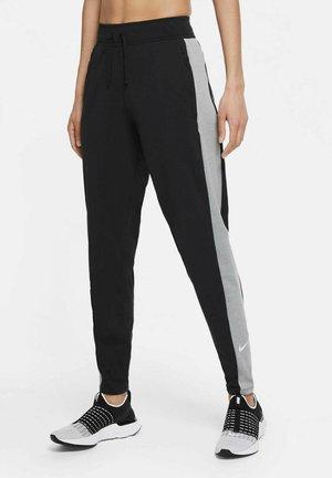 ESSENTIAL WARM RUNWAY - Trousers - schwarz