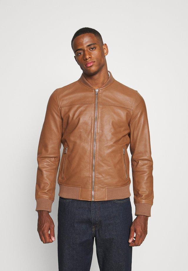 BOCHUM - Leather jacket - dark cognac