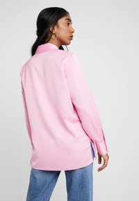 Miss Selfridge - BUBBLEGUM - Button-down blouse - pink - 2