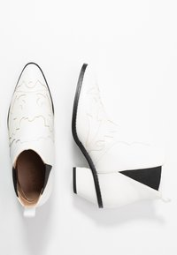 NA-KD - Ankle boots - white - 3