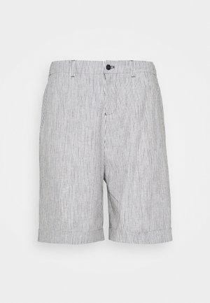 SLHLOOSE MARTIN - Shorts - dark sapphire
