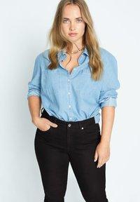 Violeta by Mango - SUSAN - Slim fit jeans - denim - 3