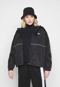 Fila Plus - TATTUM WIND JACKET - Kevyt takki - black/bright white - 4