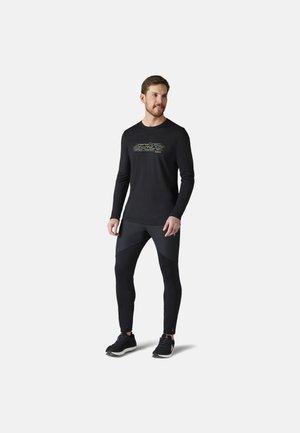 LIGHTWEIGHT SPORT 150 MOUNTAIN TERRAIN LONG SLEEVE GRAPHIC TEE - Long sleeved top - black