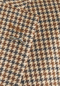 Shelby & Sons - CAITHNESS SUIT - Kostym - tan - 5