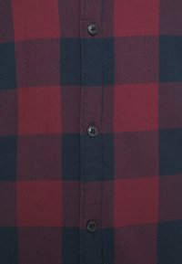 Jack & Jones - JJEGINGHAM  - Skjorta - port royale - 5