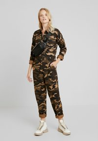 ONLY - ONLRAMBO BOILER JUMPSUIT  - Jumpsuit - indian tan - 1