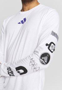 adidas Performance - SPACE RACE LONGSLEEVE - Pitkähihainen paita - white - 5