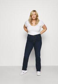 Levi's® Plus - 724 PL HR STRAIGHT - Straight leg jeans - dark blue denim - 1