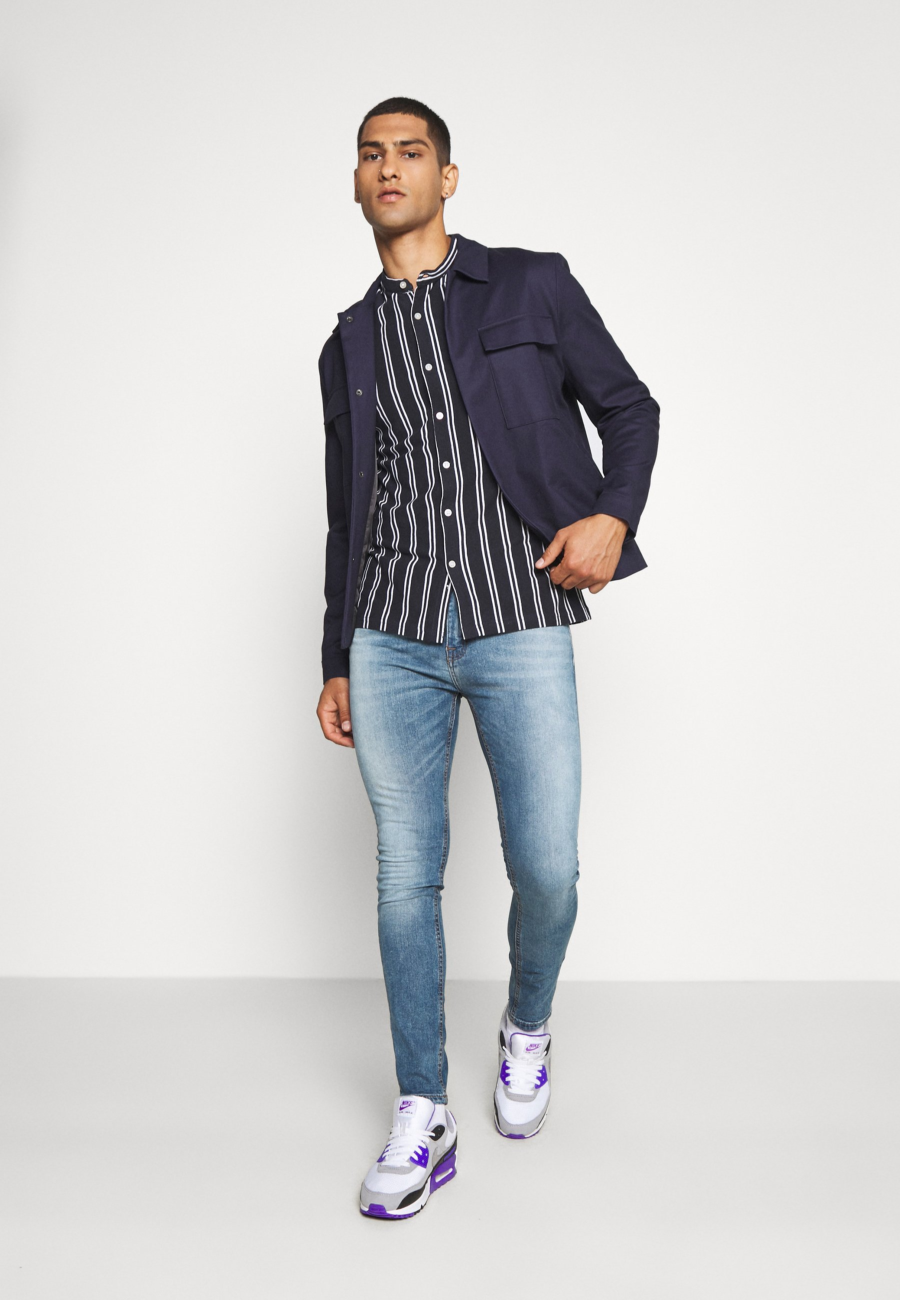 New Look Spray On Wash Simon - Jeansy Skinny Fit Mid Blue