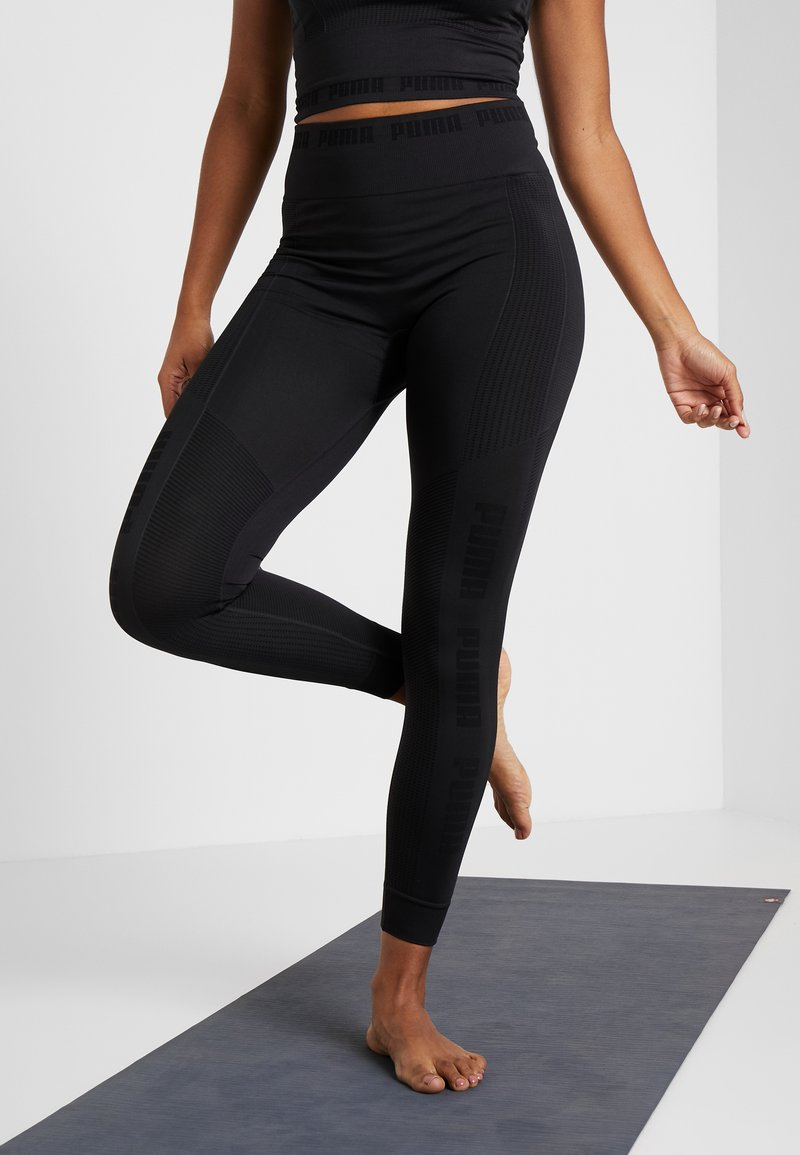 Puma - EVOKNIT SEAMLESS LEGGINGS - Collant - black