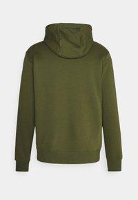 Nike Sportswear - CLUB HOODIE - Hættetrøjer - rough green/white - 1