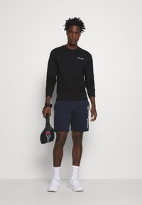 Champion - ROCHESTER CREWNECK  - Sweatshirt - black - 1