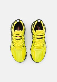 adidas Originals - ZX 2K BOOST UNISEX - Trainers - core black/footwear white - 3