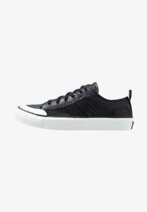S-ASTICO LOW LOGO - Trainers - black